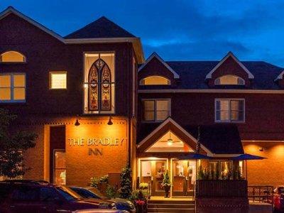 Bradley Boulder Inn